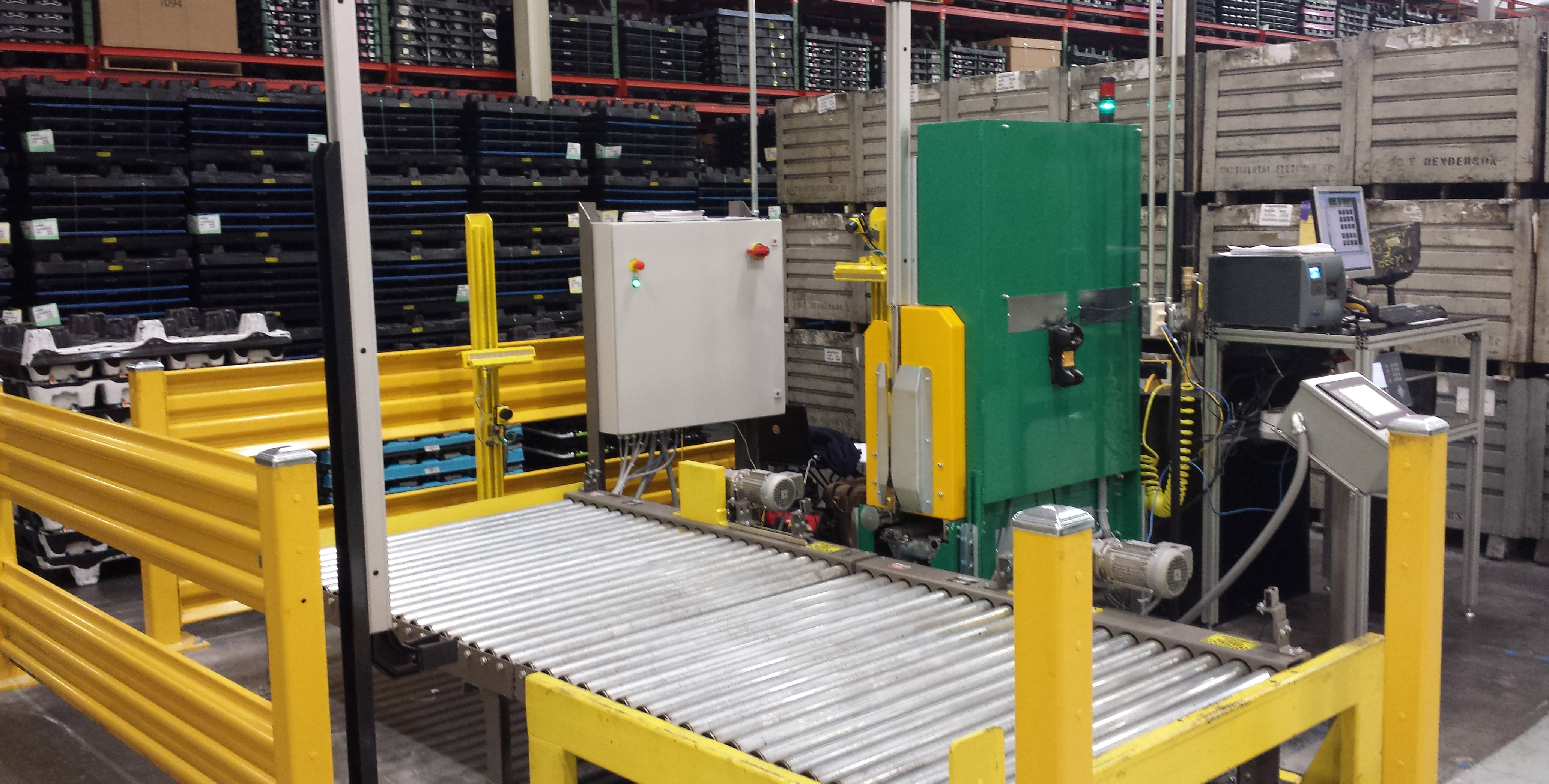 automotive packaging conveyor and infeed strapper automatic line